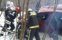 В Хмельницкой области столкнулись фура и легковой автомобиль, двое погибших
