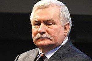 Валенса поклав відповідальність за кризу в Україні на Євросоюз