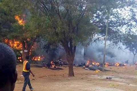 При взрыве бензовоза в Танзании погибли более 60 человек