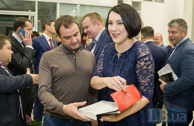 Андрей Павелко, народный депутат от Блока Порошенко и Соня Кошкина