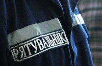 В Одеській області в пожежі на території недобудованого військового гуртожитку загинули троє людей (оновлено)