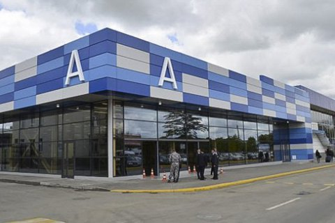 Путин подписал указ о присвоении аэропорту Симферополя имени Айвазовского, хотя он уже носит имя Амет-Хана Султана