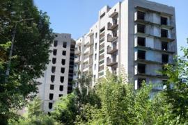 В Царичанке 10 молодых врачей получили новые квартиры