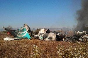 В Конго самолет рухнул на жилой квартал: десятки погибших