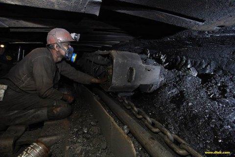 У Луганській області 90 шахтарів шість годин просиділи під землею без електрики