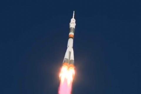 Россия неудачно запустила ракету с космонавтами на МКС
