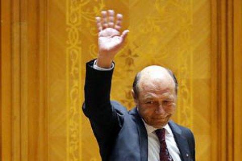 Екс-президент Румунії Бесеску заявив, що йде з політики