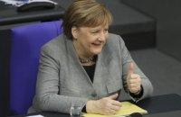 Меркель назвала допустимим виробництво російської вакцини Sputnik V у Німеччині