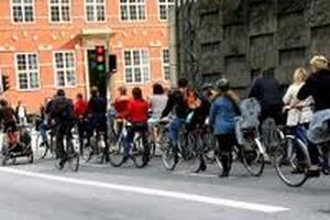 Министр транспорта Дании предлогает населению пересесть на велосипеды