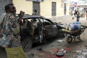 Сомалийцы бегут от наступления армии Кении