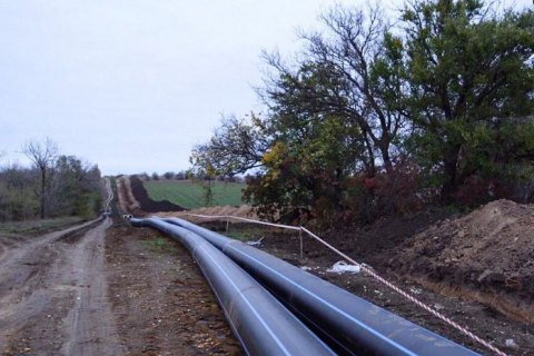 Оккупанты в Крыму начали укладывать трубы нового водовода для Симферополя