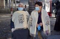 В окупованому Криму затримали десятки людей, які прийшли підтримати політв'язнів