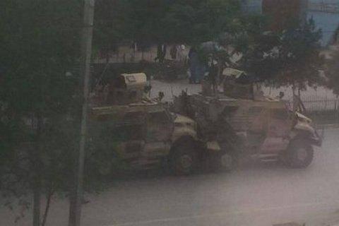 Смертник підірвався біля колони військової техніки НАТО в Кабулі
