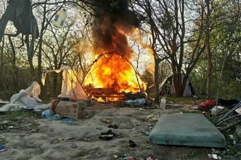 Глава полиции Киева заявил, что на Лысой горе сожгли мусор на субботнике, а не табор ромов