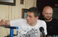 Голова комітету голодувальників проти мовного закону потрапив до лікарні