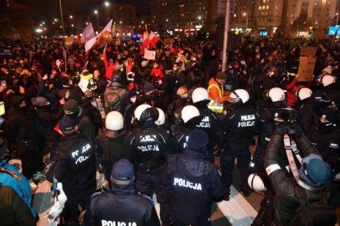 Після страйку жінок у Варшаві затримали 11 осіб