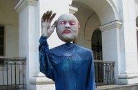 Куклы-призраки на улицах Киева
