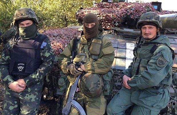 Бойцы сотни <<Крым>>