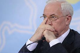 """Азаров обещает не тянуть с законом """"О рынке земли"""""""
