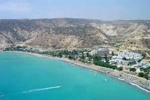 Кіпр готовий прийняти 200 тисяч сирійських біженців