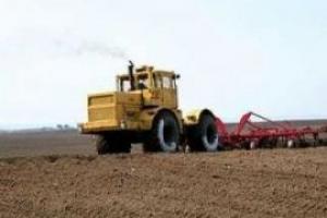 Кабинет министров взялся обеспечить аграриев нефтепродуктами