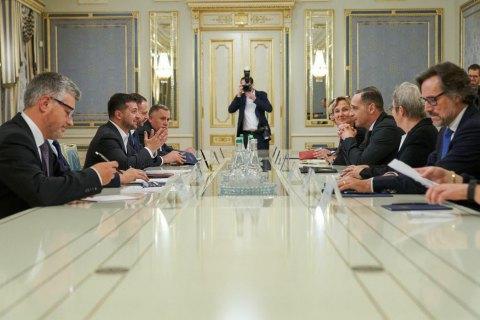 """Зеленський обговорив з главою МЗС Німеччини саміт """"нормандської четвірки"""""""