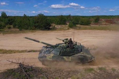 Модернізований танк Т-72 випробували під водою