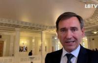 Представник Зеленського у КСУ пояснив, чому не проголосував за спецрозгляд закону про олігархів