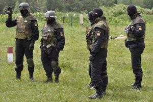 """Люди у формі батальйону """"Донбас"""" викрали бізнесмена в Красноармійську"""