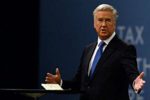 Министр обороны Британии подал в отставку