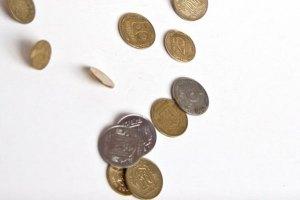 Половина украинцев зарабатывает менее 2500 грн