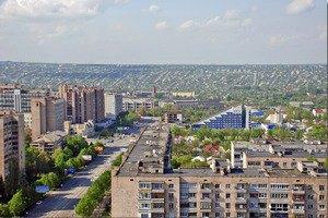 В Луганске бои, горит центральный рынок