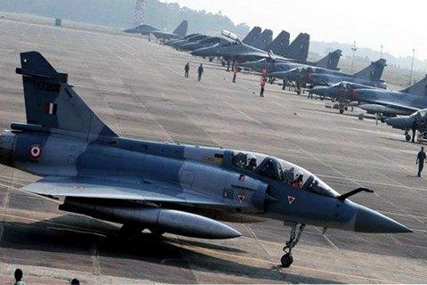 Пакистан и Индия заявили об уничтожении нескольких самолетов друг друга