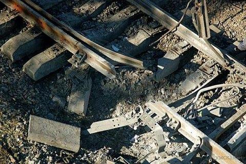 Два вагони з вугіллям зійшли з рейок через вибух на залізничній колії в Луганській області