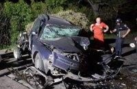 В Житомирской области при лобовом столкновении погиб человек, шестеро пострадали