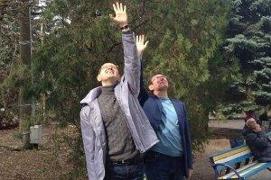 Яценюк пошел пробовать встретиться с Тимошенко