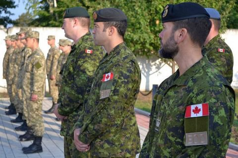 Канада згортає свою військову присутність у Польщі