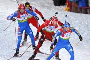 Нойнер, Свенссен і Гаранич зміркують на трьох