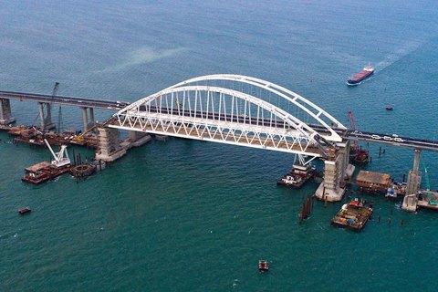 Украина не откажется от использования Керченского пролива, - Полторак