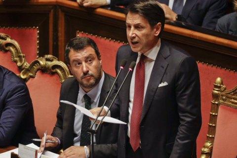 Прем'єр Італії публічно оголосив догану своєму заступнику і заявив про відставку