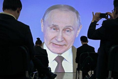 Путін заявив, що Росію змусили анексувати Крим