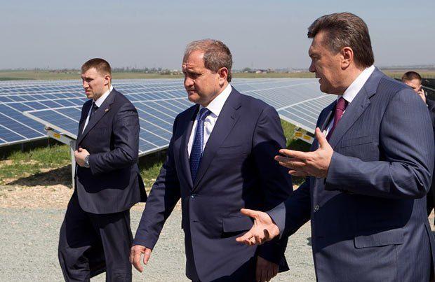 Анатолия Могилева (в центре) тяжело вообразить сепаратистом