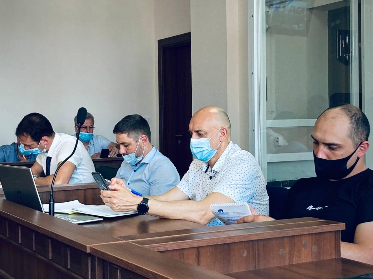 Сергій Тамтура, адвокати Ігор Варфоломєєв, Олександр Горошинський та Стефан Решко.