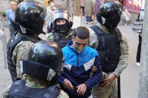 """В окупованому Криму """"суд"""" відправив у СІЗО братів Ахтемових"""