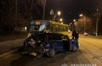 У Києві на Подолі п'яний водій влетів у маршрутку, шестеро постраждалих