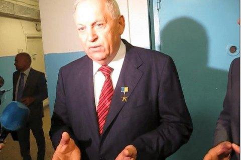 Завод Героя Украины Янковского финансирует боевиков, - СМИ