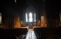 У МВС назвали попередню причину пожежі у костелі святого Миколая