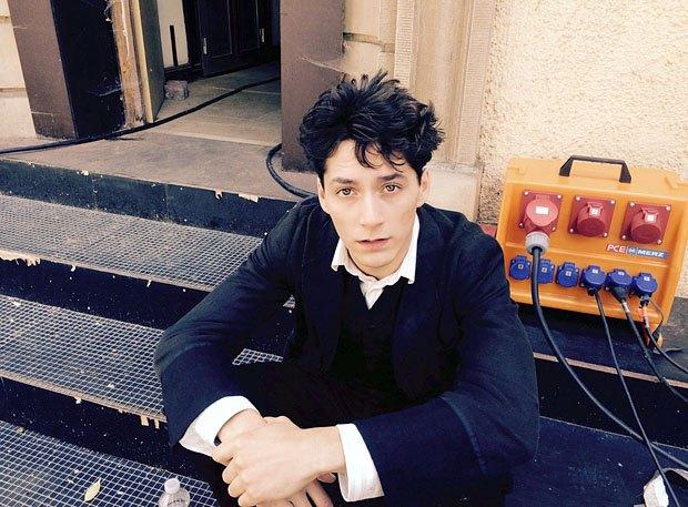 Исполнитель роли Шиле во время съемок фильма