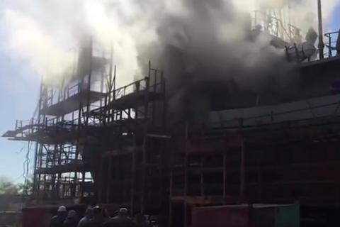 На суднобудівному заводі в Миколаєві сталася пожежа на водолазному судні (оновлено)