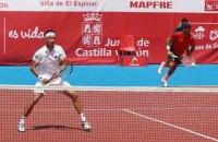 Стаховский выиграл турнир в Испании в парном разряде